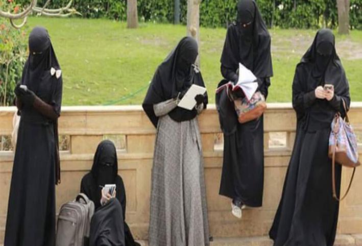 بأمر المحكمة حظر ارتداء النقاب نهائيًا على عضوات التدريس