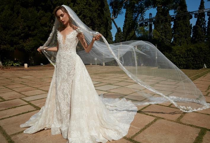 cb0b319d7e78a أنت عروس الأحلام مع ثوب زفاف عام 2012 - الجمال.نت