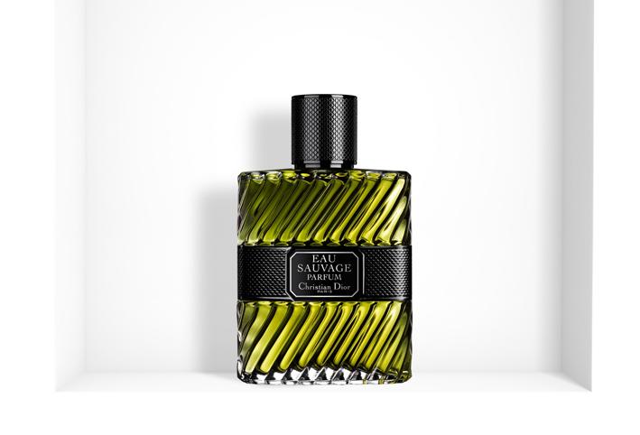 adad42490 عطر الرجل الجديد من ديور Dior Eau Sauvage Parfum 2017 - الجمال.نت