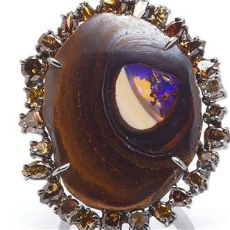 a3861080d مجوهرات ومقتنيات · مجموعة من خواتم الخطبة الأوبال ستنسيك الألماس المزيد